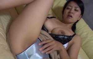 40代の美巨乳人妻がオナニーや玩具責めにマンコびしょ濡れエロ動画