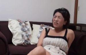 素人の奥さまが浮気相手求めて自撮りオナニー動画をネット投稿した件