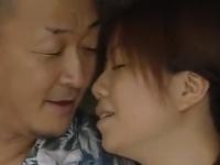人妻や熟女の熟れたおマンコを濃厚クンニ愛撫する過激SEX動画