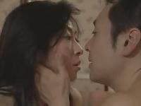色白美人妻と中年男のフェラやクンニが凄いラブホでの不倫SEX動画