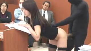 透明人間男が法廷で巨乳弁護士をレイプする人妻エロ動画