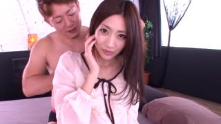 アラサーのスレンダー美熟女が手マンや激ピスで艶かしいSEX動画