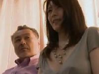美人妻が夫の策略でエロマッサージでハメられ痙攣イキのSEX動画