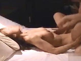 熟年カップルが個人撮影したラブホ不倫SEXガチ映像を素人投稿