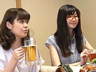 人妻2人と合コンして居酒屋の個室でエッチし捲った素人SEX動画