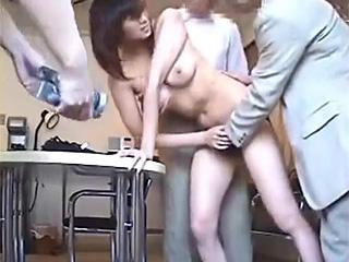 芸能事務所に面接来た素人美巨乳モデルを輪姦レイプ個人撮影