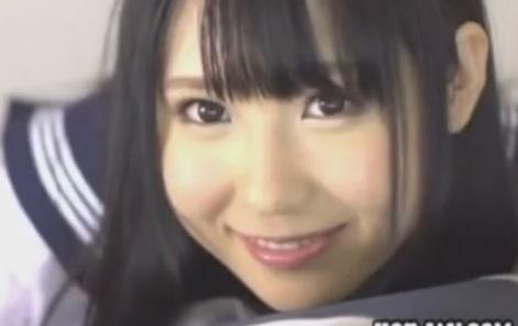 アイドル並みに可愛いセーラー服JKのフェラが凄いSEX動画