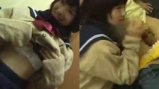 女子高生と制服のままラブホでバックからハメちゃう素人エロ動画