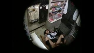 ブルセラショップに来たJKが店内でエッチしてるのを盗撮動画