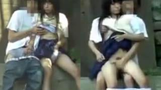 高校生カップルが昼間から野外セックスしてる素人盗撮エッチ動画