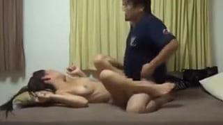 女子大生の彼女とのセックスを隠し撮りして流出した素人エッチ動画