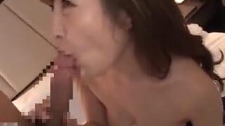アラフォー専業主婦の美熟女さんがガチイキ昇天しちゃう人妻動画