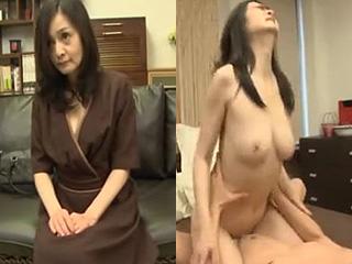 チンポをムシャブリつく淫乱な美熟女さんが凄かった素人エロ動画