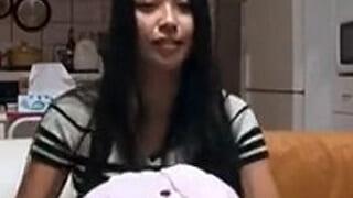 ナンパした激カワ女子大生の家でエッチしちゃった素人SEX動画