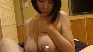 スゲぇー爆乳ちゃんと旅行だよぉー温泉旅館でヤリ捲る素人動画