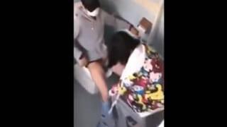 大学のトイレでセックスしてるカップルをスマホで盗撮しちゃった